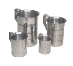 Polar Ware T1052 2 qt Graduated Dry Measure, Aluminum