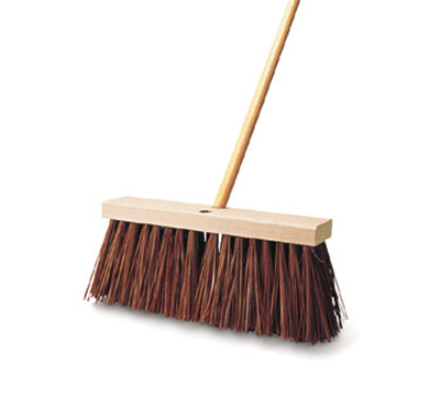 "Rubbermaid FG9B2200 BRN 16"" Street Broom - Wood/Palmyra, Brown"