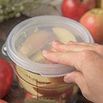 Carlisle 1077030 1-qt Round Food Storage Lid - Translucent