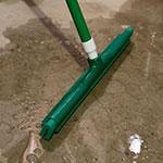 """Carlisle 4156709 18"""" Floor Squeegee Head w/ Double Foam Rubber Blade, Green"""