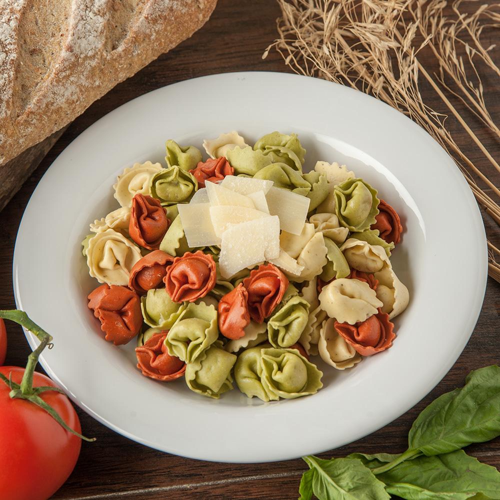 "Carlisle 4303402 9.25"" Round Pasta/Soup/Salad Bowl w/ 13-oz Capacity, Melamine, White"