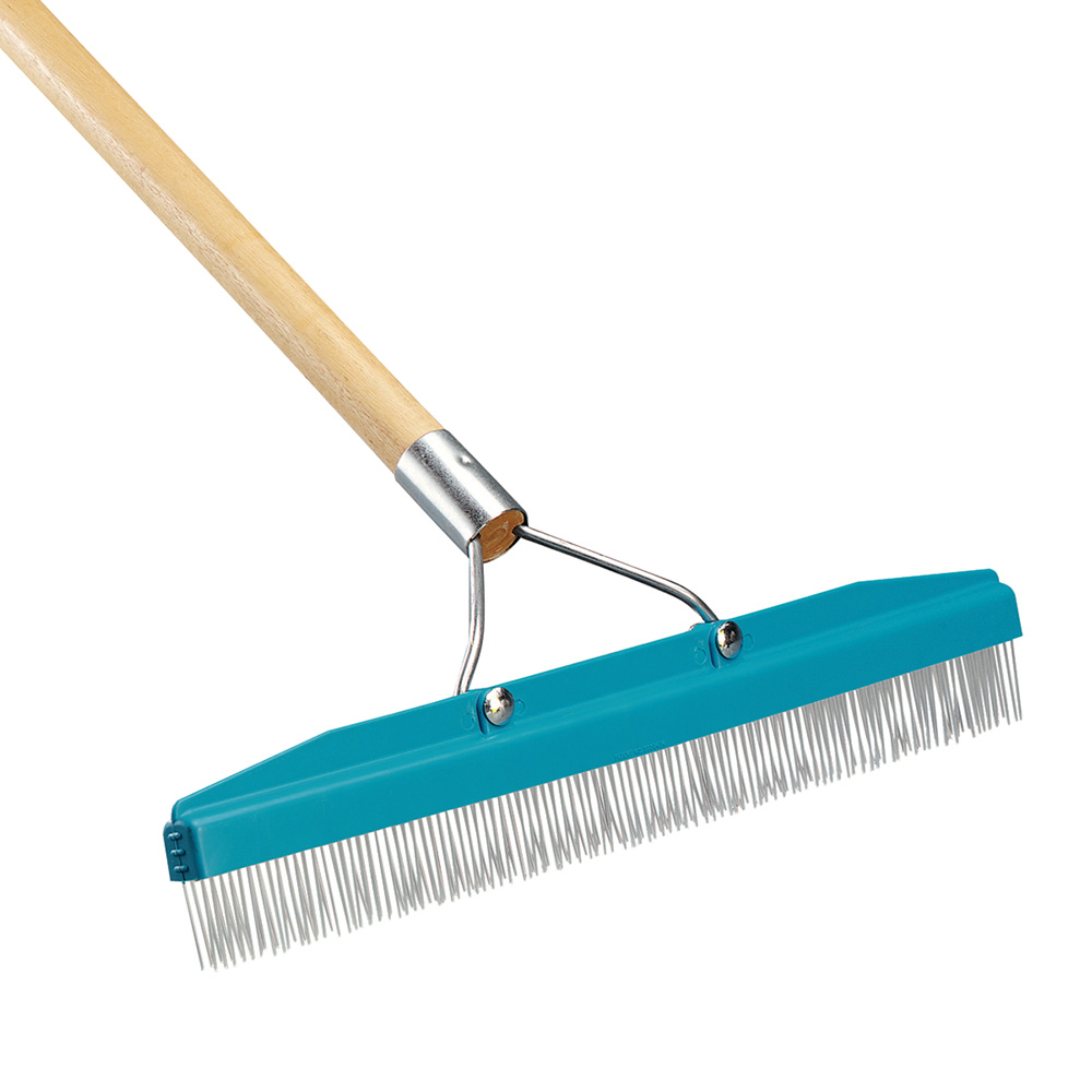 "Carlisle 4575100 18""W Carpet Rake w/ Nylon Bristles & 54"" Handle"