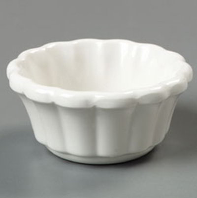 Carlisle 4394242 2-oz Scalloped Ramekin - Bone