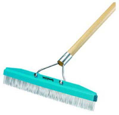 """Carlisle 4575100 18"""" Carpet Rake - Plastic Block, Nylon Bristles"""
