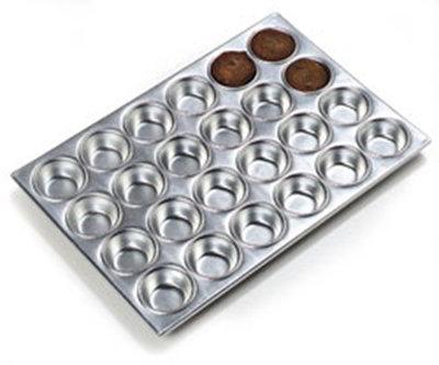 Carlisle 602424 24-cup Muffin Pan - 3-oz, Aluminum