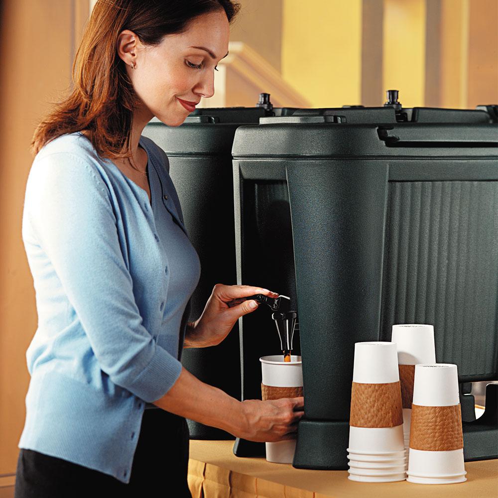 Carlisle XB503 5-gal Beverage Dispenser - Insulated, Polyethylene, Black