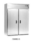 Delfield SSHRI3-S 3-Section Roll-In Hot Food Cabinet w/ Full Solid Door, 113.28-cu ft