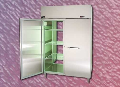 "Master-bilt MPW252SSG/0 27.5"" Pass-Thru Heated Cabinet - (2) Glass Door, 25.6-cu ft"