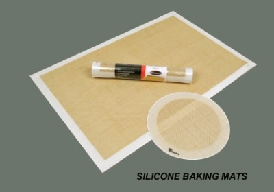 Winco SBS-21 Square Baking Mat, 15-3/8 x 21-1/2 in, Fits 2/3 Size Sheet Pan, Silicone
