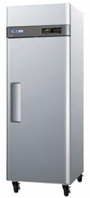 "Turbo Air M3R24-1 28.75"" One Section Reach-In Refrigerator, Solid Door, 115v"