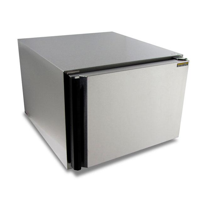 Silver King SKSR/C10 4.4-cu ft Undercounter Refrigerator w/ (1) Section & (1) Door, 115v