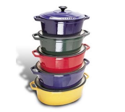 World Cuisine A1737335 Enameled Cast Iron Dutch Oven w/ Lid, 8-qt, Red