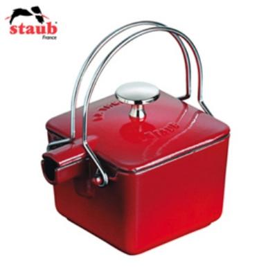 Staub 165 01 03 Enameled Cast Iron Square Teapot, .75 qt, Cherry