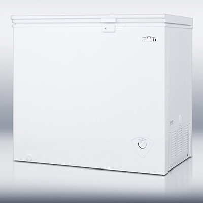 "Summit Refrigeration CF07L 37.25"" Chest Freezer - Manual Defrost, 7 cu ft, White"