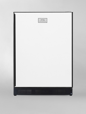 Summit Refrigeration CT67 Freestanding Refrigerator Freezer w/ Cycle Defrost & Wine Rack, Black/White, 5.1-cu ft