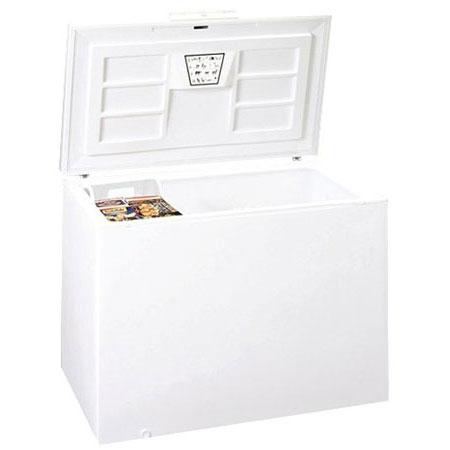 Summit SCFR150 Chest Medical Refrigerator - Locking, 115v