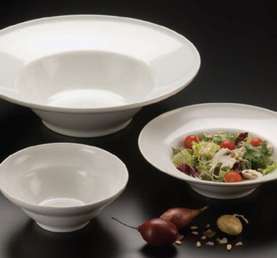 American Metalcraft MEL9 17-in Round Bowl w/ 270-oz Capacity, Melamine/White