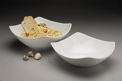 American Metalcraft SQND15 15-in Bowl w/ 208-oz Capacity, Ceramic/White