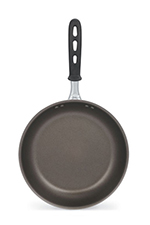 "Vollrath 67808 8"" Non-Stick Aluminum Frying Pan w/ Vented Silicone Handle"