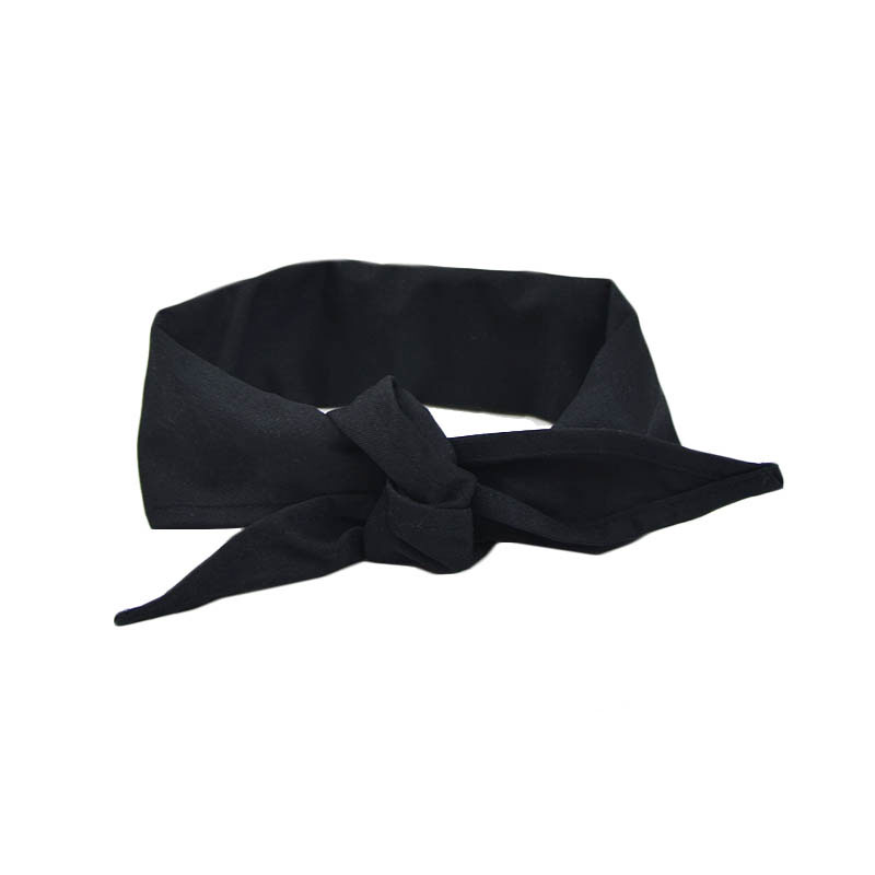 Intedge CK1 BLK Chef Kerchief w/ Poly Cotton Blend, 14 x 37-in, Black