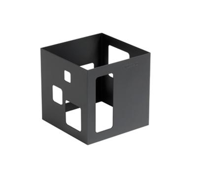 "Rosseto Serving Solutions SM115 7"" Cube Display Riser - Black"