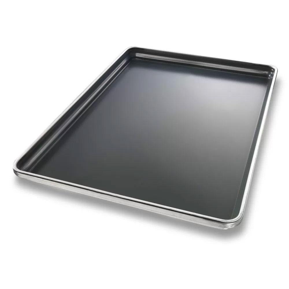 Chicago Metallic 30698 Stayflat™ Full Size Sheet Pan, Aluminum