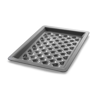 Chicago Metallic 70824 Pre-Seasoned Grill Pan - Diamond Pattern, 16-ga Aluminum