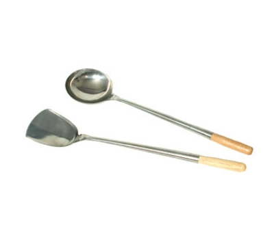 Town Food Service 34972 7 oz Wok Ladle, Hand Hammered, Wood Handle, Medium, 19-3/4 in, Stainless