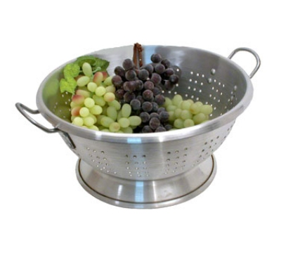 Town Food Service 37316 16 qt Aluminum Colander, Large Riveted Handles, Footed Base