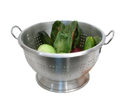 Town 37324 24 qt Aluminum Colander, Large Riveted Handles, Footed Base