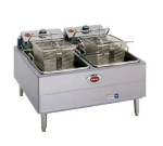 Wells F-67 Countertop Electric Fryer - (2) 15-lb Vat, 240v/3ph