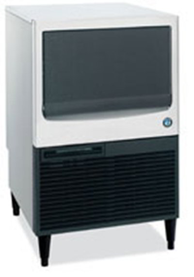 Hoshizaki KM-151BWH Undercounter Full Cube Ice Maker - 146-lbs/day, Water Cooled, 115v