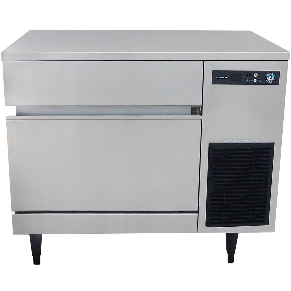 Hoshizaki IM-200BAA Undercounter Full Cube Ice Maker - 200-lbs/day, Air Cooled, 115v