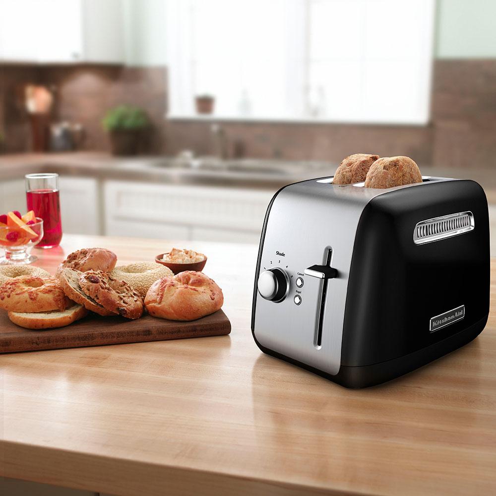 KitchenAid KMT2115OB 2-Slice Toaster - Manual High-Lift Lever, Crumb Tray, Black