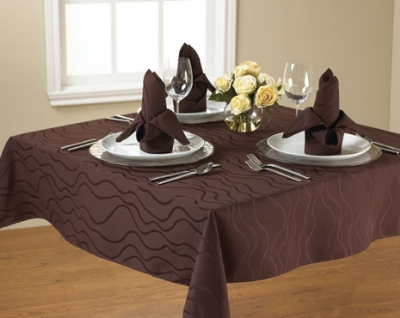 Snap Drape TWAV90ROMED IVRY Wave 90-in Round Overlocked Tablecloth, Damask Pattern, Ivory