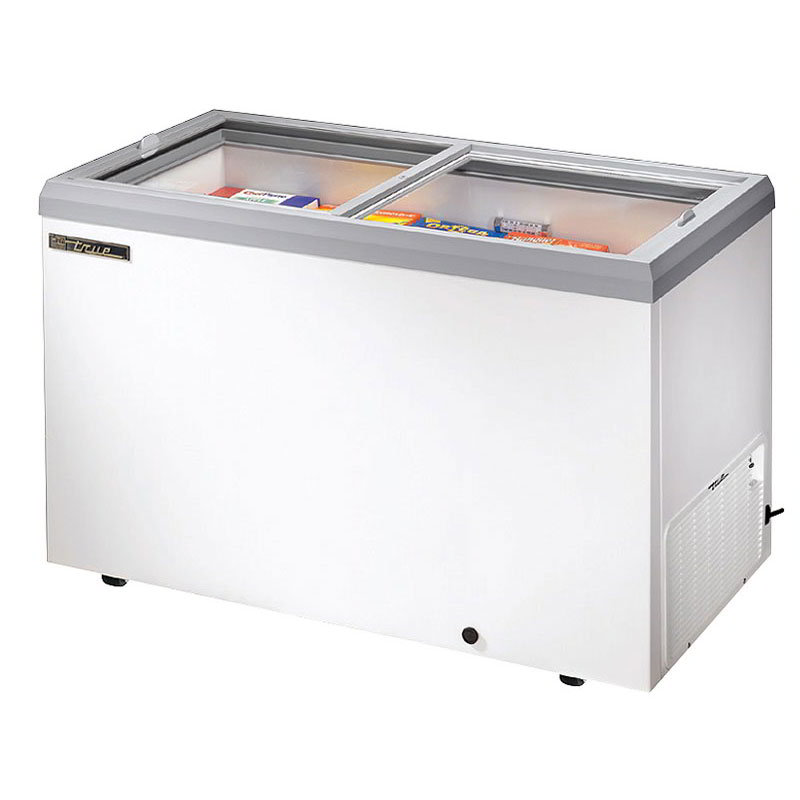 "True TFM-51FL 51.88"" Mobile Ice Cream Freezer, 115v"