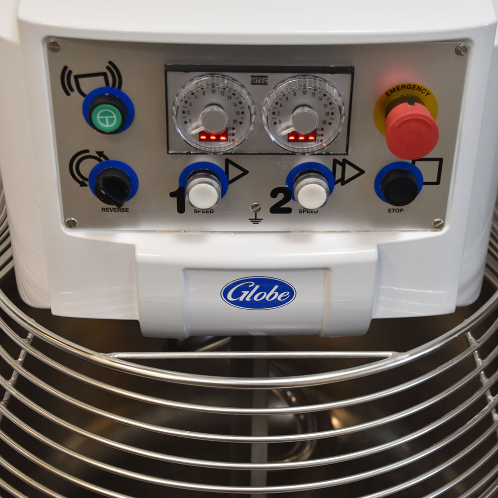 Globe GSM130 130-lb Spiral Dough Mixer w/ Digital Timer - 2-Speed, 208v/3ph