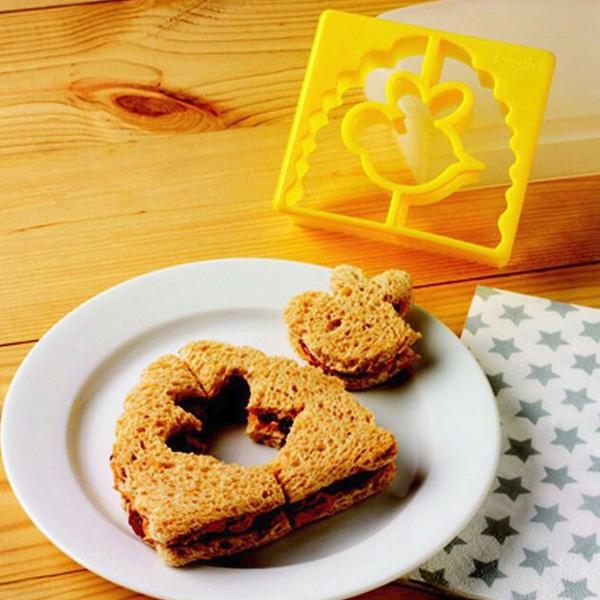 Tovolo 80-7792 Sandwich Shaper - Bee & Hive