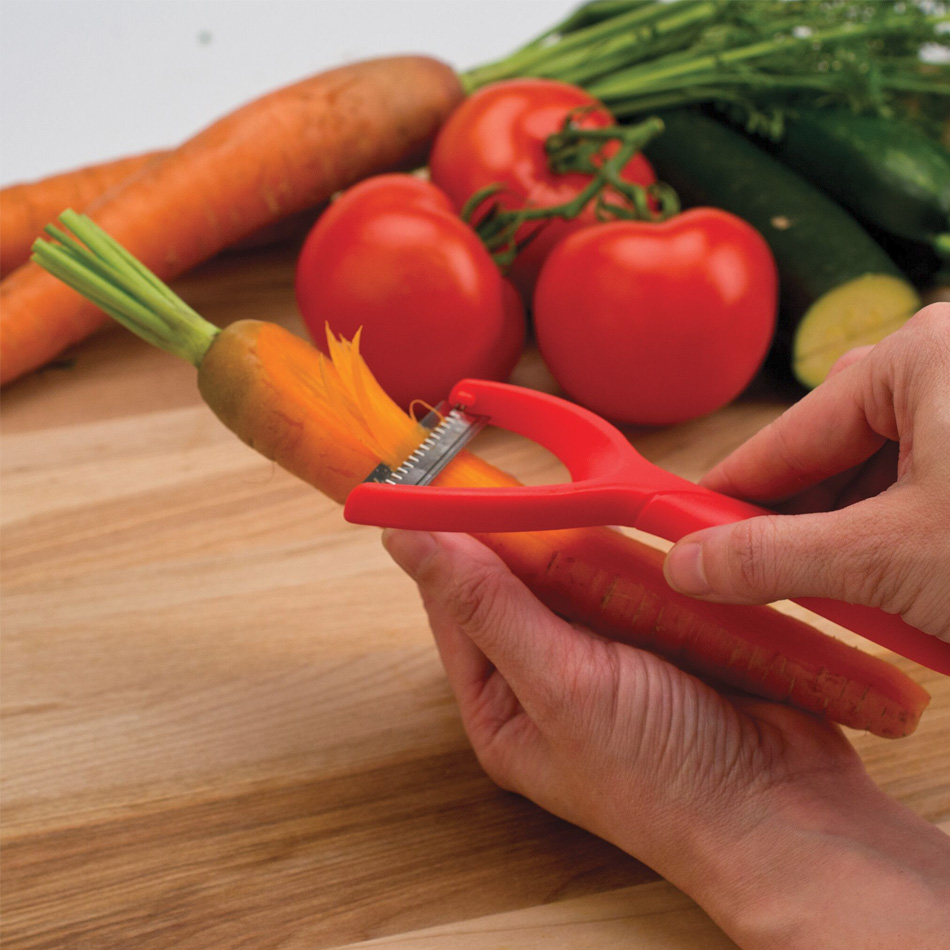 Tovolo 81-6515C Set of 3 Magnetic Tri-Peeler w/ Serrated, Straight & Julienne Blades, BPA Free